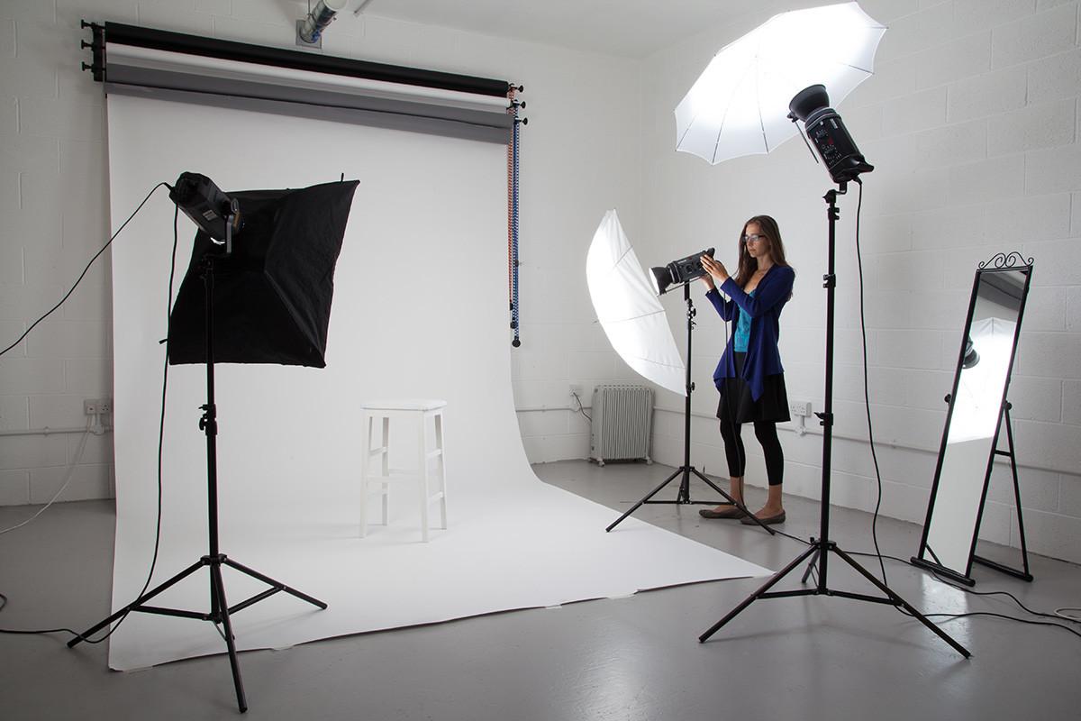 новогодними поздравлениями студийная фотосессия оборудование как работает бани